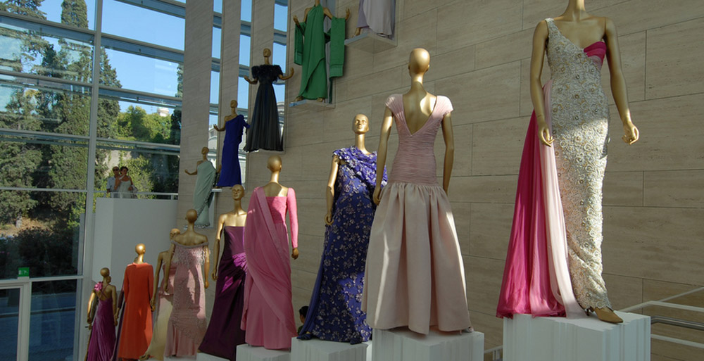 Valentino museum exhibit, image via Creative Commons courtesy of Emilio Labrador