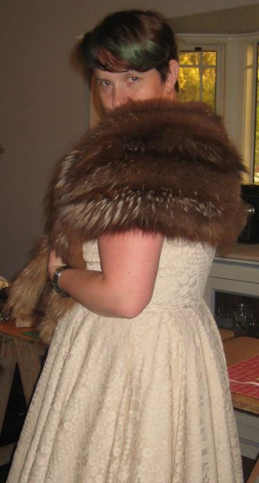 Model Sandra Mabey shows us a silver fox stole. The tipping on the silver fox contrasts with her blue-tipped hair.